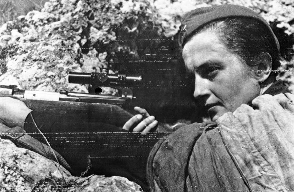 Lyudmila-Pavlichenko-sofrep-deadliest-female-sniper1